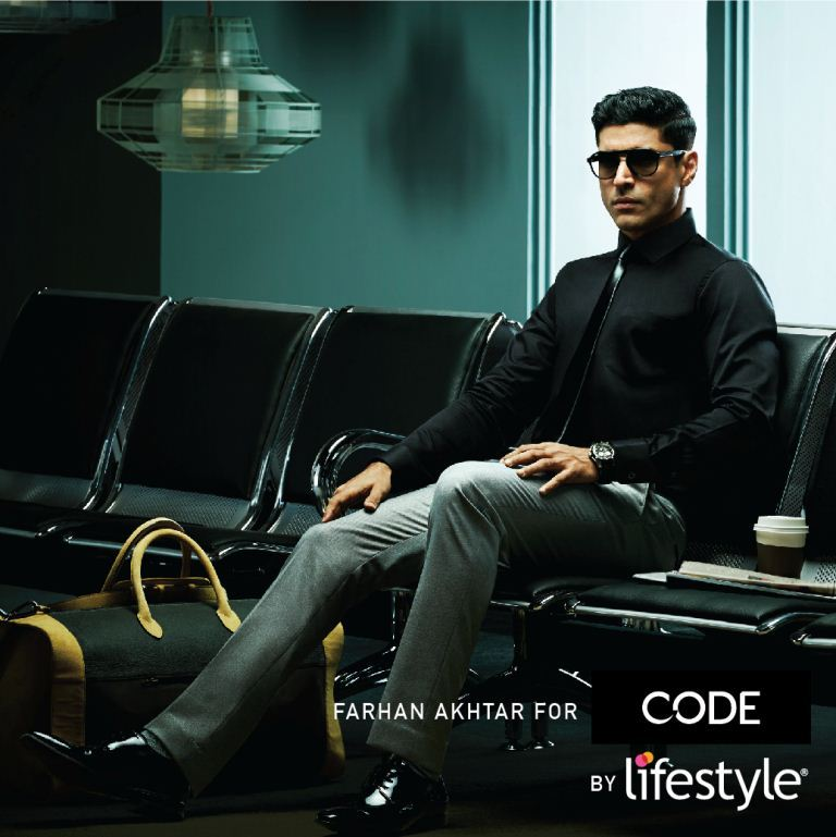 Farhan Akhtar, Bollywood Star, LifeStyle, Fashion Brands India, Bollywood Directors. Stylish Men India, StyleRug, Mens FAshion Blogs, Dapper, GQ., OOTD